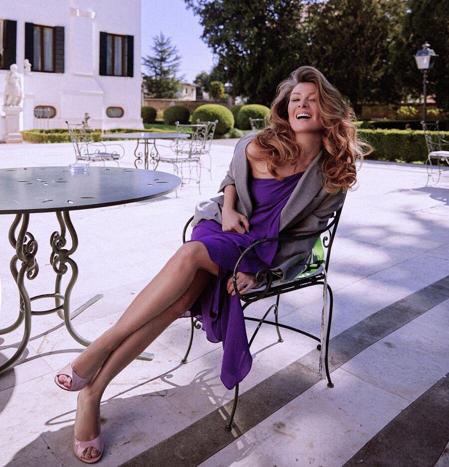Жанна Бадоева на фотосессии в Италии