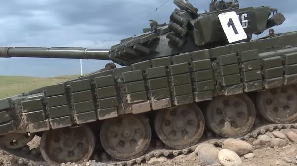 В Сети появилось видео езды американских кадетов на танке Т-64