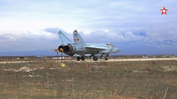 Сопровождение Медведей истребителями МиГ-31