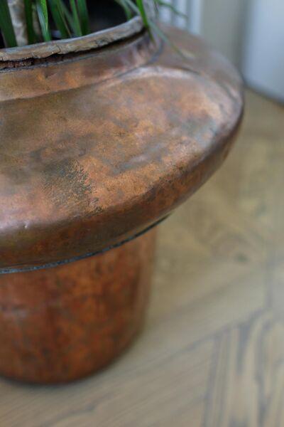 Фрагмент отреставрированной старинной вазы
