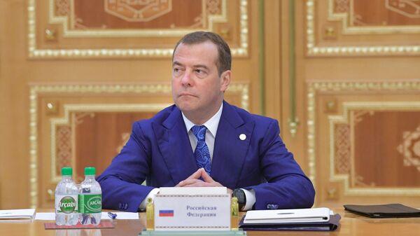 Председатель правительства РФ Дмитрий Медведев на заседании Совета глав правительств Содружества Независимых Государств в Ашхабаде. 31 мая 2019
