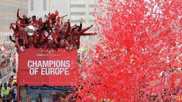 Празднование победы в Лиге чемпионов в Ливерпуле, Великобритания. 2 июня 2019