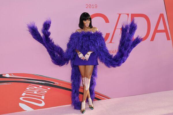 Модель Винни Харлоу на церемонии вручения премии Совета модельеров Америки