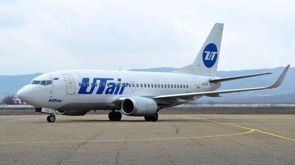 Летевший в Тюмень самолет Utair вернулся в Екатеринбург из-за грозы