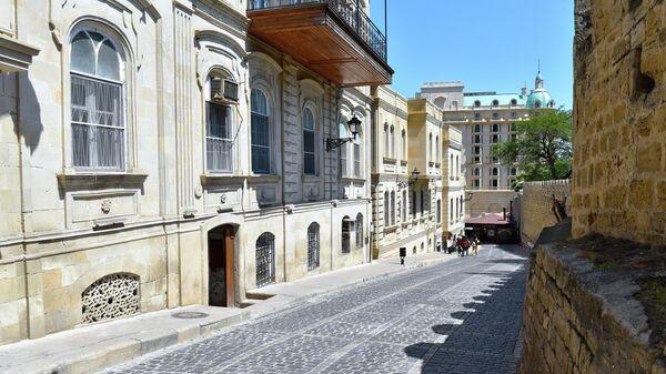 Улица Кичик Гала в Баку
