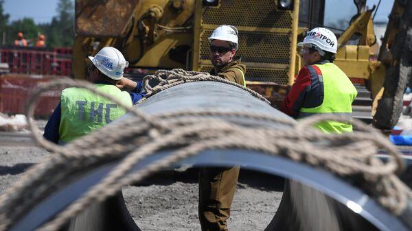 Рабочие на участке строительства газопровода Северный поток-2