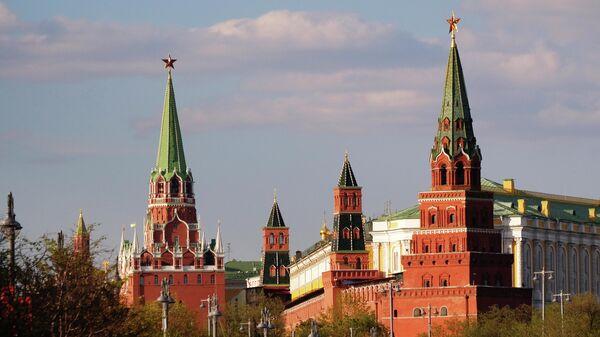 Троицкая, Комендантская, Оружейная и Боровицкая башни Московского Кремля