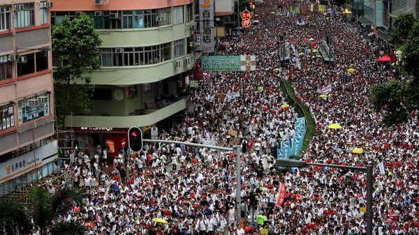 Демонстранты во время акции протеста в Гонконге. Архивное фото