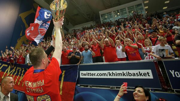 ЦСКА празднует победу в финале Единой лиги ВТБ