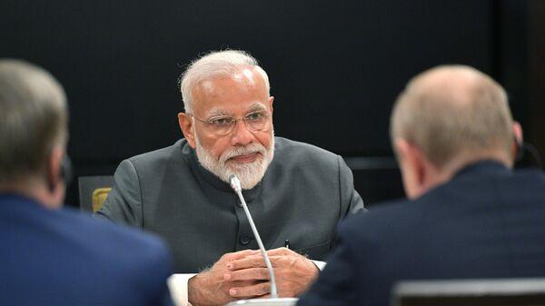 Премьер-министр Индии Нарендра Моди во время встречи в Бишкеке с президентом РФ Владимиром Путиным