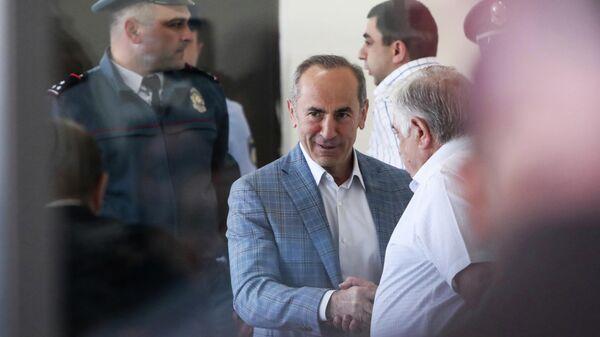 Экс-президент Армении Роберт Кочарян в суде
