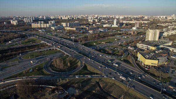 Развязка на пересечении МКАД и Волоколамского шоссе в районе города Красногорска Московской области