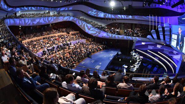 Панельная дискуссия Среда для развития. Комфортный город как драйвер экономики в рамках Московского урбанистического форума. 4 июля 2019