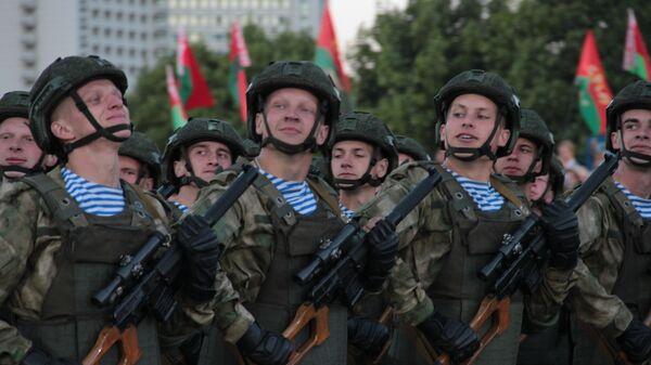 Военный парад в Минске в День независимости