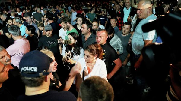 Акция против телеканала Рустави-2 в Тбилиси