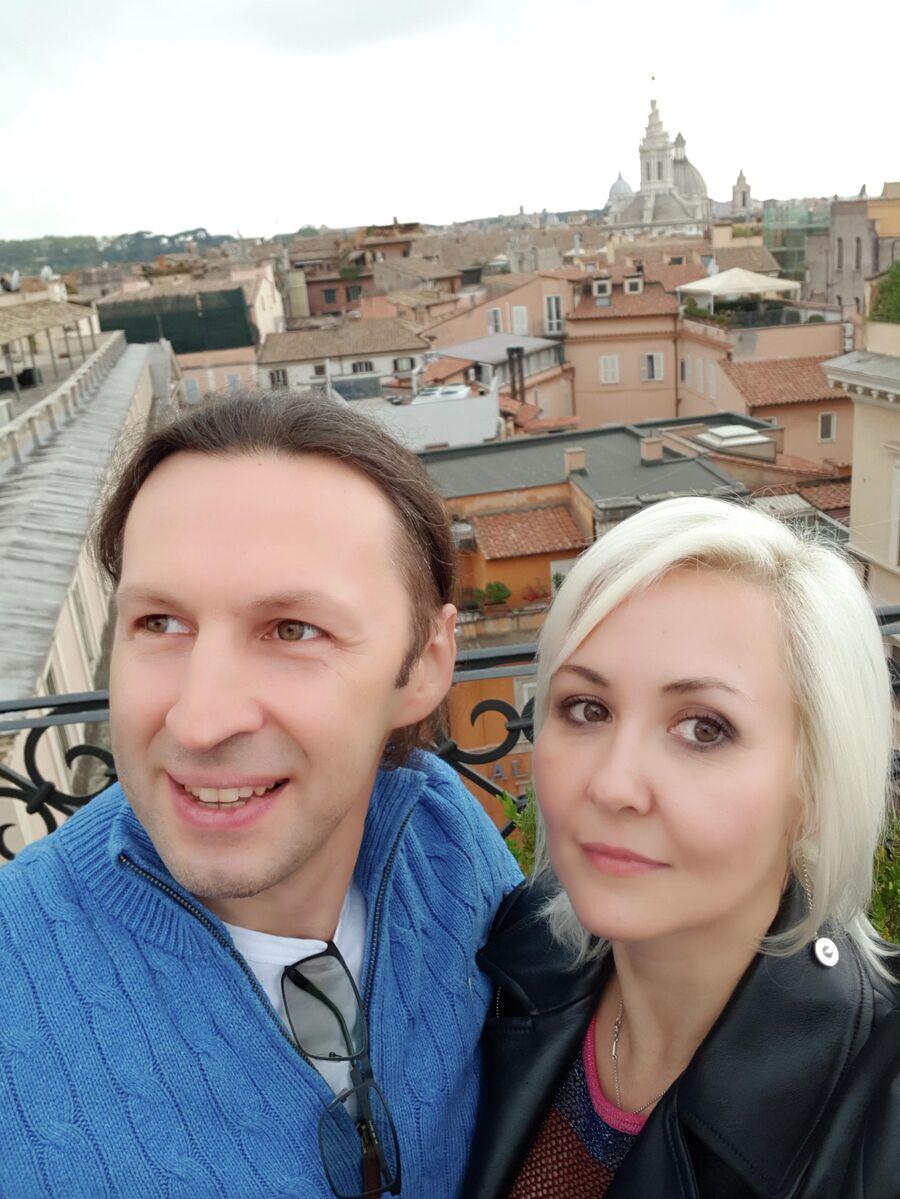 Василиса с мужем Сергеем в Риме