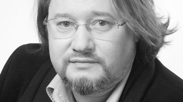 Актер Олег Дмитриев