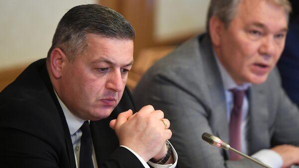 Георгий Ломия и Леонид Калашников во время встречи в Москве. 15 июля 2019