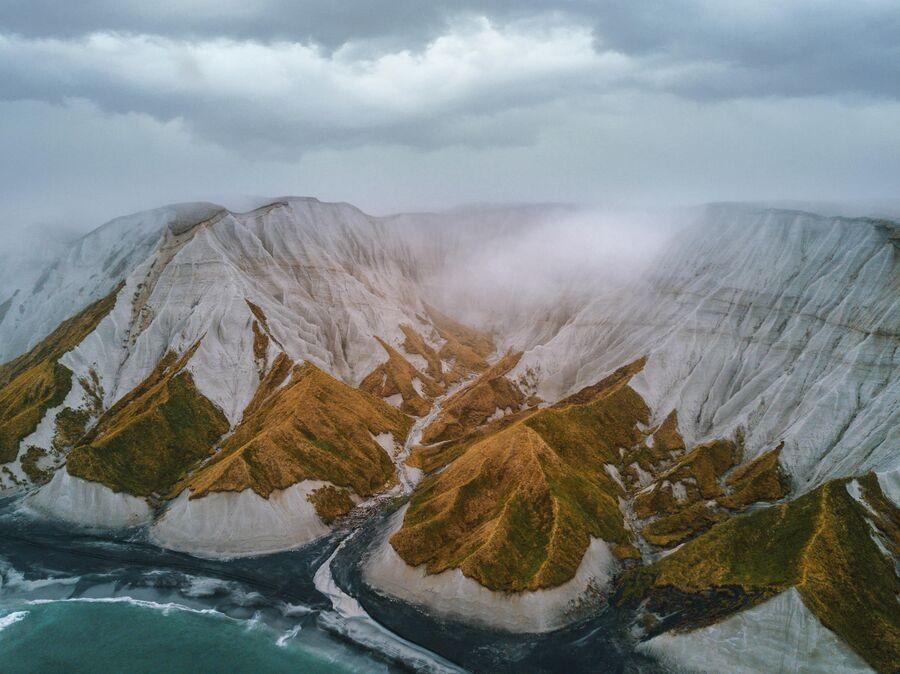 Вид на Белые скалы. Остров Итуруп