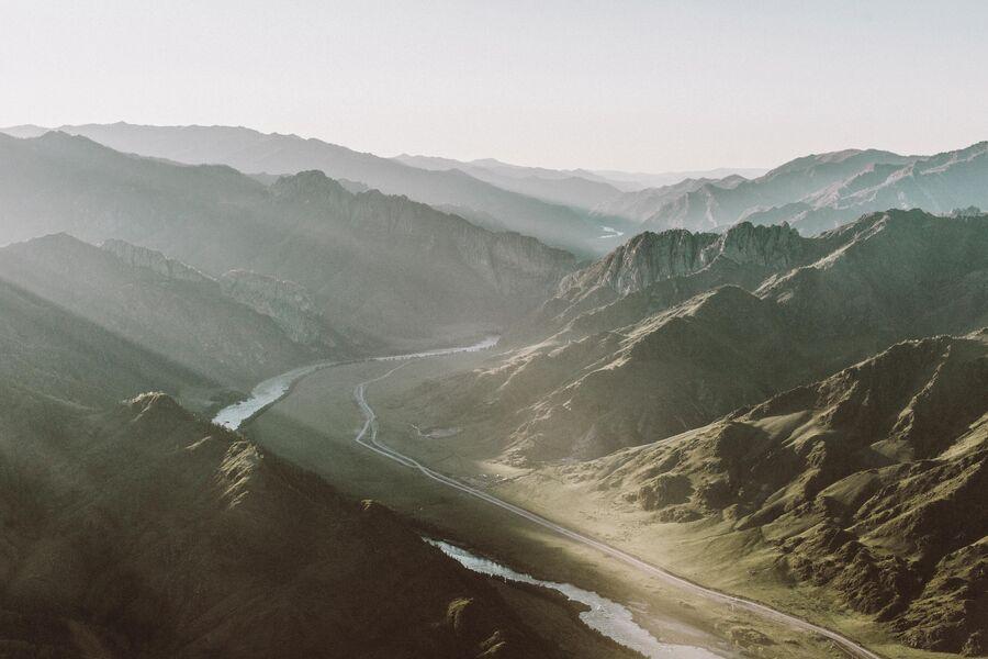Устье реки Катунь с вертолета. Алтай