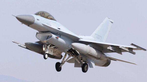 Истребитель F-16 вооруженных сил Республики Корея