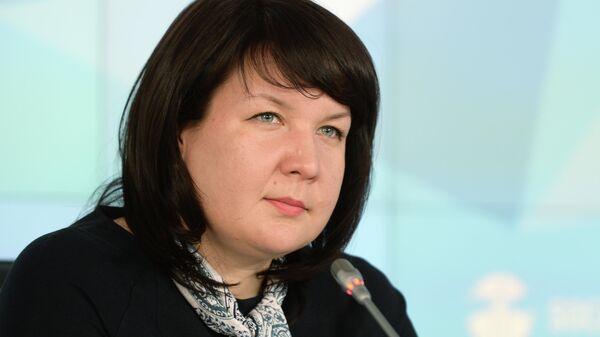 Наталия Наумова на пресс-конференции