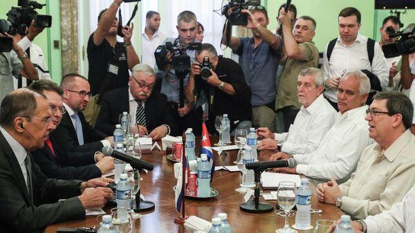 Министр иностранных дел РФ Сергей Лавров  во время переговоров с министром иностранных дел Кубы Бруно Родригесом Паррильей в Гаване, Куба. 24 июля 2019