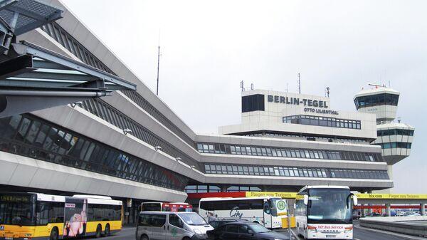 Главный терминал международного аэропорта Тегель в Берлине