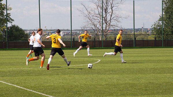 Товарищеский матч между любительскими футбольными командами Амурские тигры и Дальневосточные леопарды