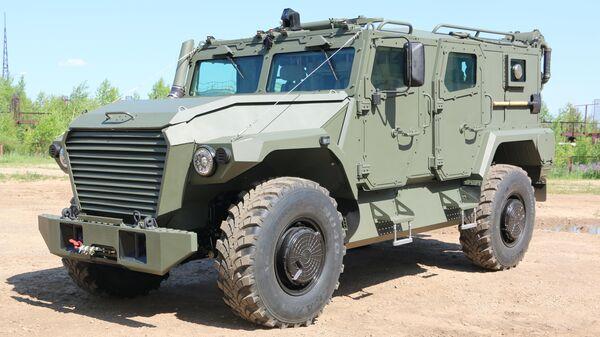 В России начались испытания бронеавтомобилей нового поколения Атлет