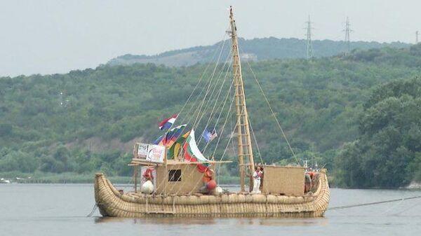 Тростниковая лодка отправится по следам древних мореходов
