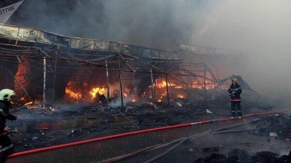 Пожар в ТЦ Садарак в Баку. 4 августа 2019