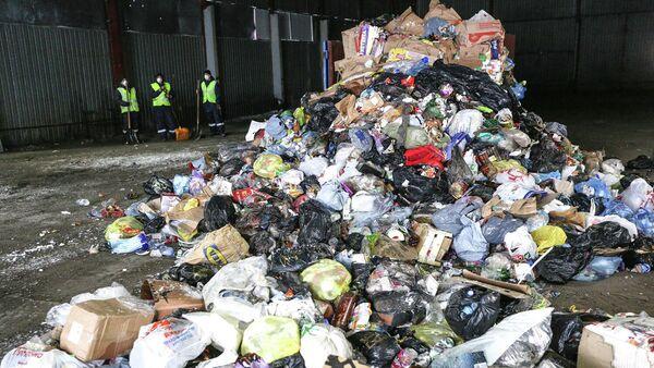 Вывоз твердых коммунальных отходов для дальнейшей переработки