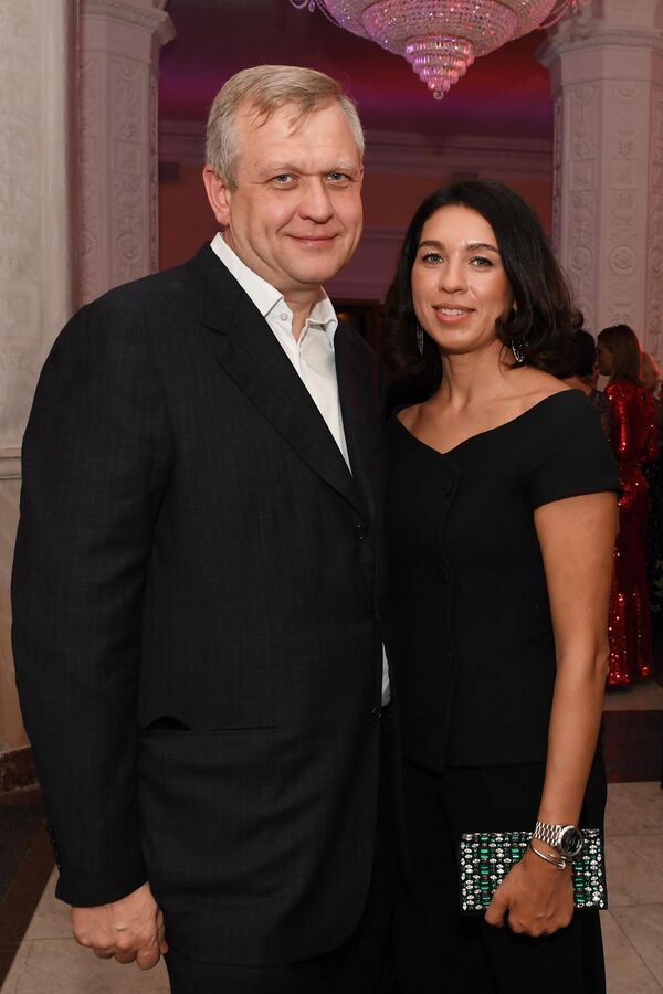 Сергей и Софья Капковы на церемонии вручения ежегодной премииСобытие года журнала The Hollywood Reporter в Москве