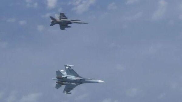 Как Су-27 отогнали истребитель НАТО от самолета Шойгу