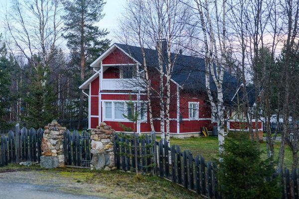 Жилой дом в посёлке Ивало в общине Инари провинции Лаппи в Финляндии