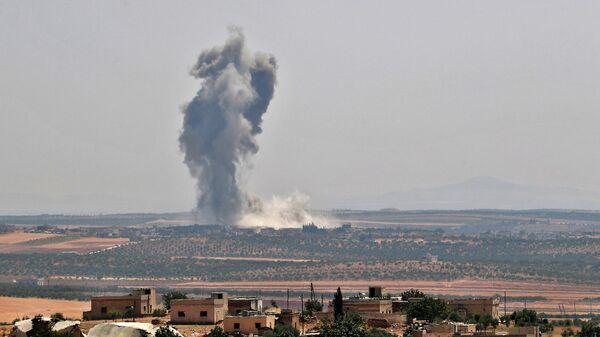 Авиаудар сирийских правительственных сил в провинции Идлиб