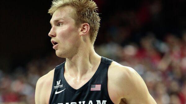 Американский баскетболист Эрик Мика