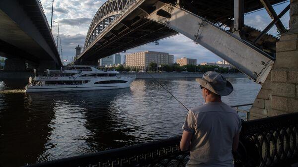 Бережковский мост через Москву-реку