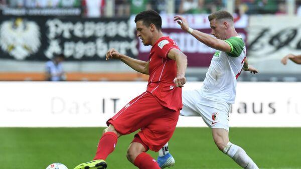 Игровой момент матча Бундеслиги Унион Берлин - Аугсбург