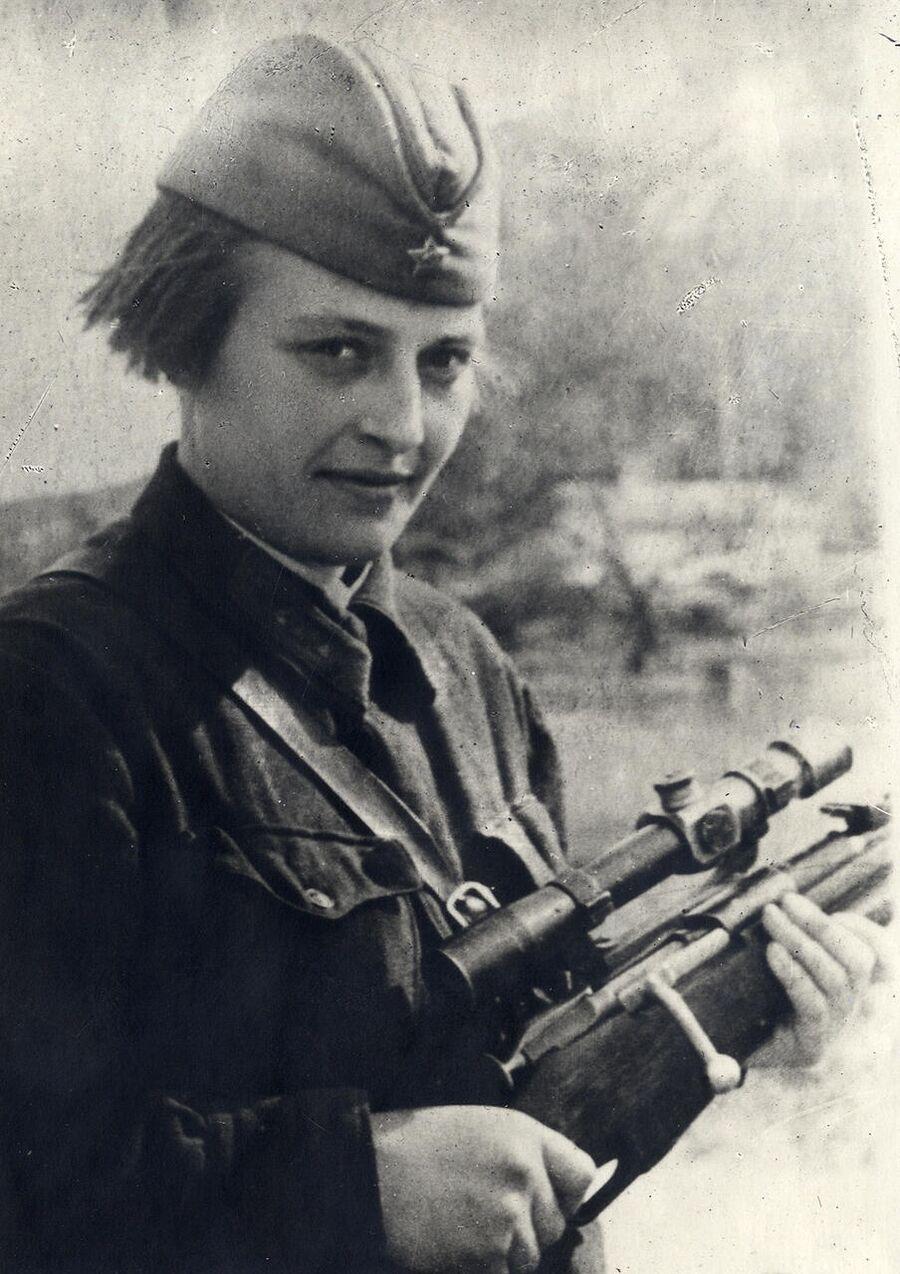 Людмила Павличенко. Одесса, 1941 г.