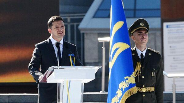 Президент Украины Владимир Зеленский выступает на торжественном мероприятии в Киеве в честь Дня независимости Украины