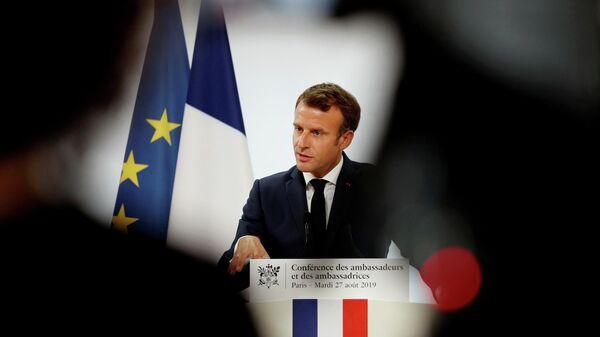 Президент Франции Эммануэль Макрон выступает с речью на ежегодной конференции французских послов в Елисейском дворце в Париже. 27 августа 2019