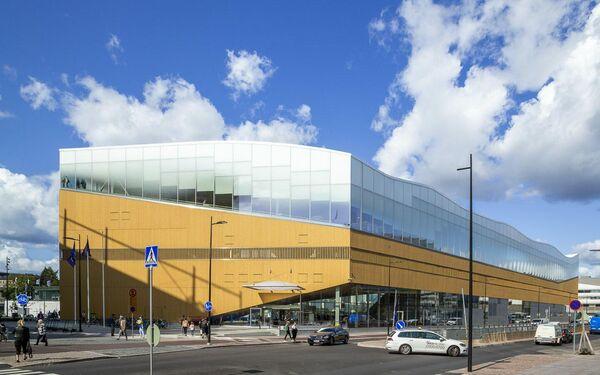 Вид на библиотеку Oodi в  Хельсинки