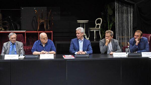 Сергей Собянин встретился с театральными деятелями. 30 августа 2019