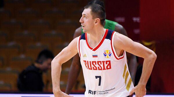 Виталий Фридзон (Россия) в матче группового этапа чемпионата мира по баскетболу 2019 между сборными командами России и Нигерии.