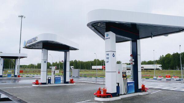 Алексей Текслер и Леонид Михельсон открыли в Копейске первый в России многотопливный автозаправочный комплекс