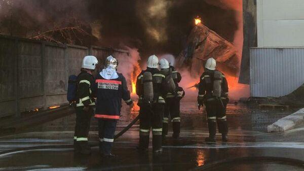 Пожар на складе в Рязани