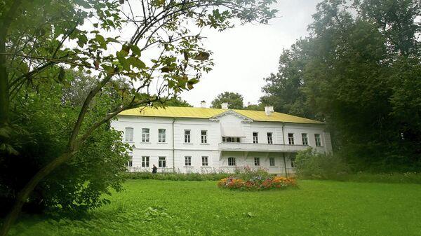 Дом писателя Льва Толстого в музее-усадьбе Ясная Поляна.
