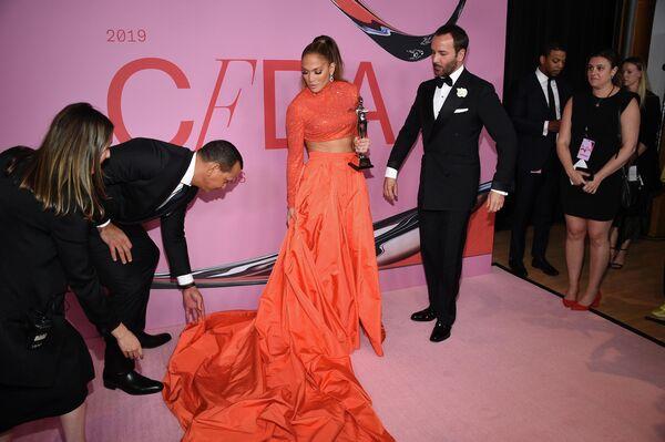 Дженнифер Лопес на церемонии CFDA Fashion Awards в Нью-Йорке